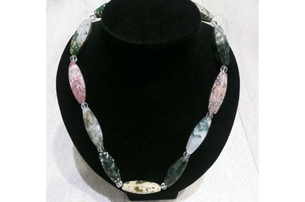 collier en jaspe orbiculaire